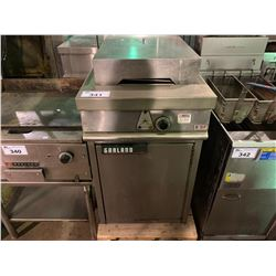 GARLAND STAINLESS STEEL COMMERCIAL DEEP FRYER WITH COVER