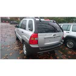2007 KIA SPORTAGE, GREY, 4DRSW, GAS, AUTOMATIC, VIN#KNDJF723177342075, 258,680KMS * MUST TOW, NOT