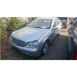 2004 MERCEDES C230, GREY, GAS, AUTOMATIC, VIN#WDBRF40J04F483481, TMU *NO KEYS, MUST TOW, NOT