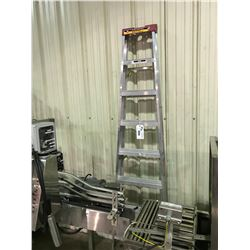 EAGLE 8FT ALUMINIUM STEP LADDER