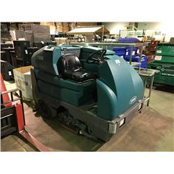 TENNANT 7300 EC H2O ELECTRIC RIDE ON FLOOR SWEEPER WITH PALLET OF ASSORTED BRUSHES & DISCS
