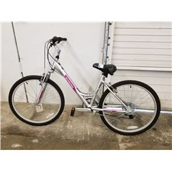 SILVER SCHWINN MOUNTAIN BIKE