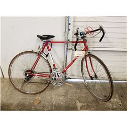 RED LE MANS ROAD BIKE