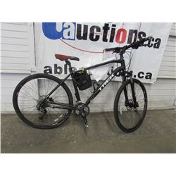 BLACK TREK MOUNTAIN BIKE
