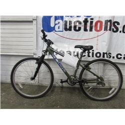 GREEN KONA MOUNTAIN BIKE