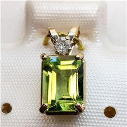 10K  PERIDOT (BAGUETTE CUT)(1.08CT) DIAMOND(0.04CT) 7X5MM PENDANT