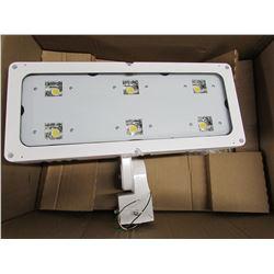 NEW LITHONIA LIGHTING MVOLT HLF1 LED P3 40K WFL LED LIGHT