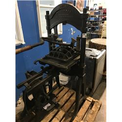 LARGE INDUSTRIAL MIDGET RELIANCE PRESS MANUFACTURED BY PAUL SHNIEDEWEND & CO. CHICAGO U.S.A.