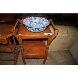 ANTIQUE WASH STAND WITH BASIN