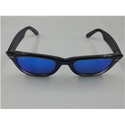 PAIR OF AUTHENTIC RAY-BAN SUNGLASSES (MODEL RB 2140)