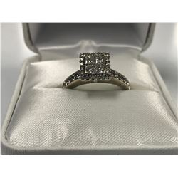 LADIES 14K WHITE GOLD RING CONTAINING 34 DIAMONDS - APPRAISED VALUE $5680.00