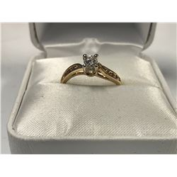 LADIES 14K WHITE & YELLOW GOLD RING CONTAINING 9 DIAMONDS  - APPRAISED VALUE $3180.00