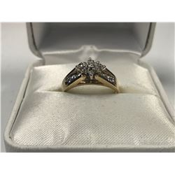 LADIES 14K WHITE & YELLOW GOLD RING CONTAINING 15 DIAMONDS  - APPRAISED VALUE $2630.00