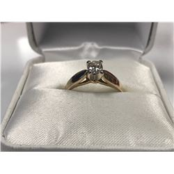 LADIES 14K WHITE & YELLOW GOLD DIAMOND SOLITAIRE RING - APPRAISED VALUE $1830.00