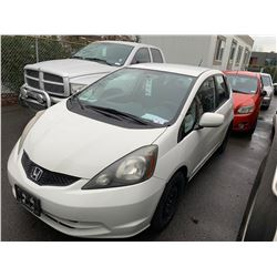 2009 HONDA FIT, 4DR HATCHBACK, WHITE, VIN # JHMGE88569S813129