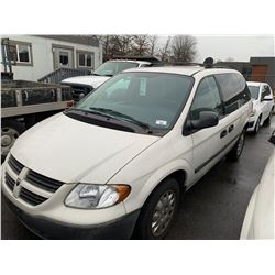 2007 DODGE CARAVAN, WHITE, GAS, AUTOMATIC, VIN#1D4GP21R17B206979, 65,924KMS, RD,CD,PL,AC, DENT