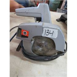 "CIRCULAR SAW (BLACK & DECKER) *7 1/4""*"