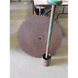 "WOOD SAW BLADE WITH BRACKET ASSEMBLY (BLADE SHARPENED AND MANDREL) *27"" BLADE DIAMETER*"