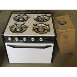 "PROPANE STOVE (BUILT IN) *22"" X 21.5"" X 18""*"