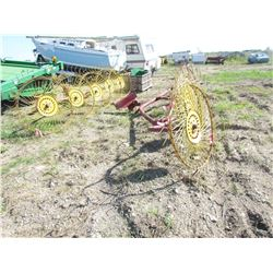 LOT OF TWO RAKES (5 WHEEL) *3 PTH* (SIDE DELIVERY)