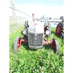 9N FORD TRACTOR (3 PTH)