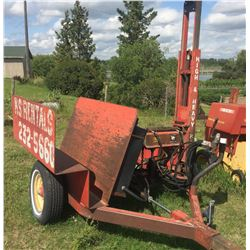 WHEATHEART POST POUNDER C/W HONDA ENGINE