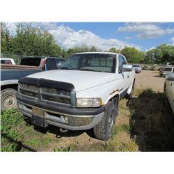 1996 Dodge Ram 1500 (white)