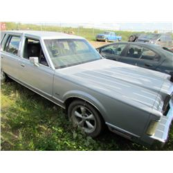 1989 Lincoln Towncar (grey)