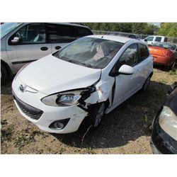 2011 Mazda 2 (white)
