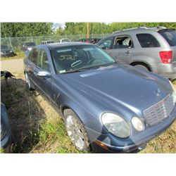 2003 Mercedes E320W (blue)
