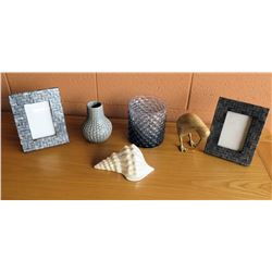 Picture Frames, Ceramic Shell, Vases, Accent Décor