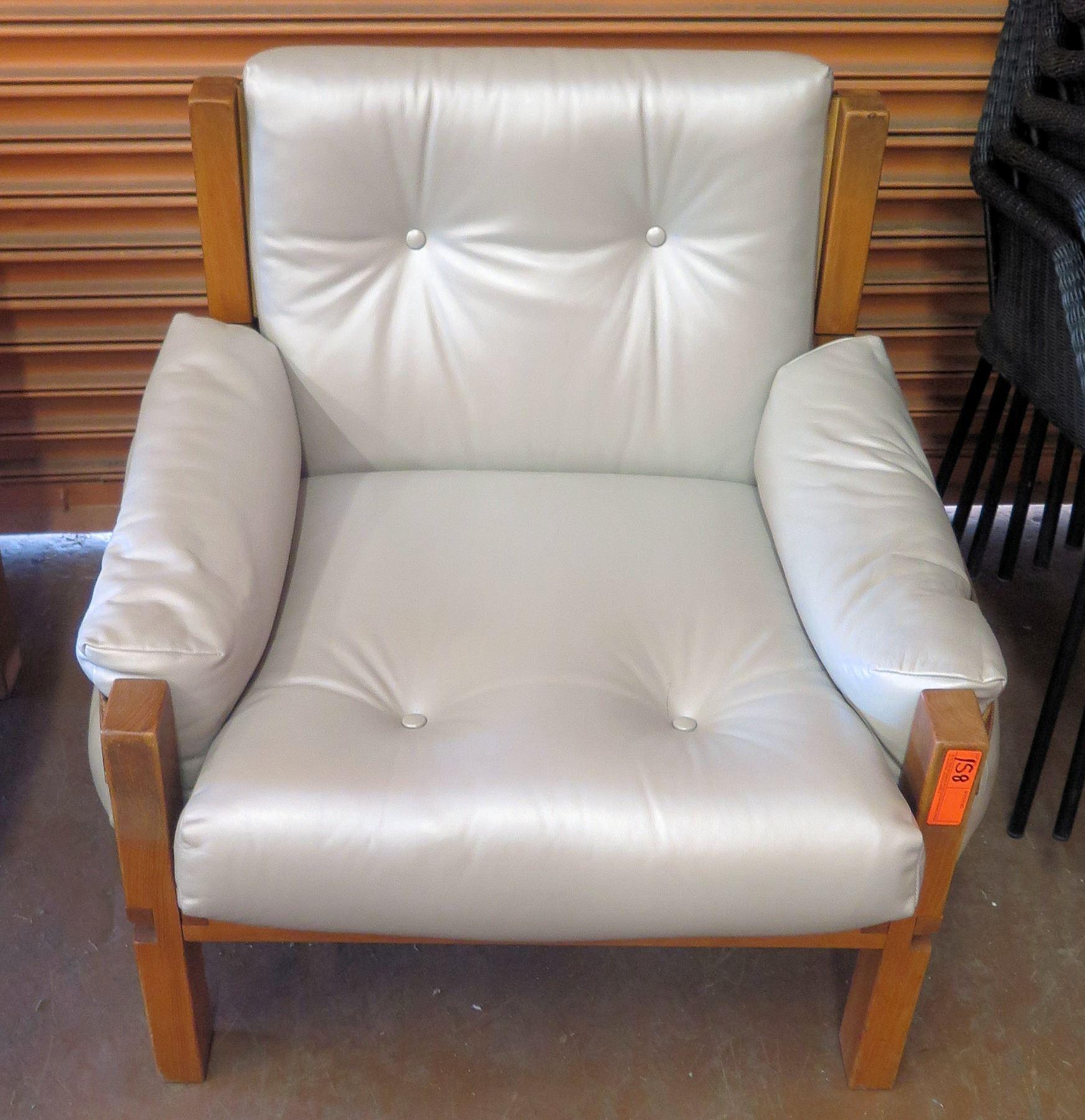 Excellent Lt Grey Leather Armchair W Wood Frame Leather Accent Machost Co Dining Chair Design Ideas Machostcouk