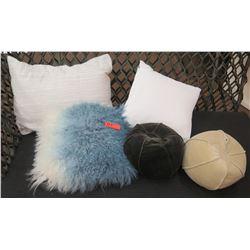 Qty 5 Accent Pillows