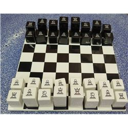 Bosa Scacchiera Ceramic Chess Board & Pieces (Retail $1260)