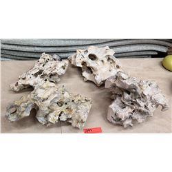 Natural Rock Accent Décor Pieces