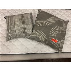 2 Gray Pillows by Manaola