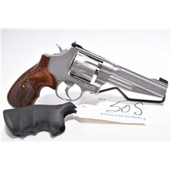Restricted Handgun - Smith & Wesson ( Performance Center ) Model 627 - 5 .357 Mag Cal 8 Shot Revolve