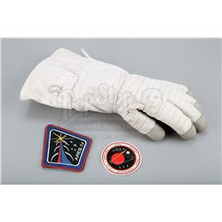 """MARTIAN, THE (2015) - Mark Watney's (Matt Damon) """"Iron Man"""" Cut Glove and Ares IV Mission Patch and"""