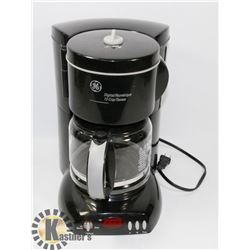 GE PROGRAMMABLE COFFEE MAKER
