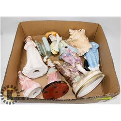 FLAT OF ASSORTED COLLECTIBLES INCLUDING CONCH