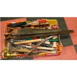 FLAT OF ASSORTED HAND TOOLS INCLUDING SAWS,