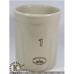 1 GALLON MEDALTA CROCK