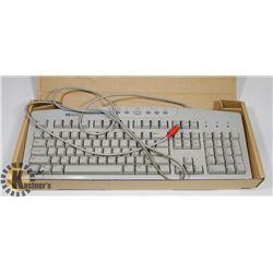 HEWLETT PACKARD COMPUTER KEYBOARD