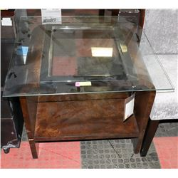 BOUTIQUE DESIGNER END TABLE WITH MISMATCHED GLASS