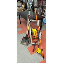 GARDENING PACKAGE INCL WEED EATER, HEDGE TRIMMER