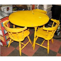 VINTAGE SET OF 3 CHAIRS AND BUTTERFLY TABLE