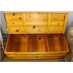 4' WOOD PINE STYLE HOPE CHEST