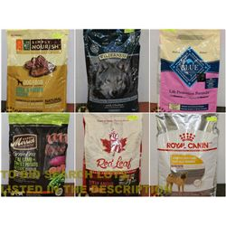 FEATURED PET FOOD AND ACCESSORIES