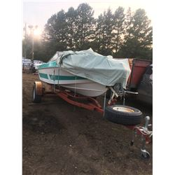 1983 Marlin 16 ft boat and trailer, tarp, easy load trailer, 150 hp Evenrude motor, sits 4