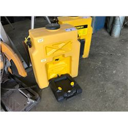 YELLOW INDUSTRIAL EYE WASH SAFETY STATION